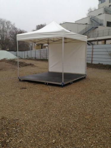 location chapiteaux tonnelles parasol catalogue tonnelle pliable avec parquet vitrifi 3. Black Bedroom Furniture Sets. Home Design Ideas